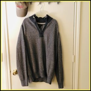 2000s vintage sweater.